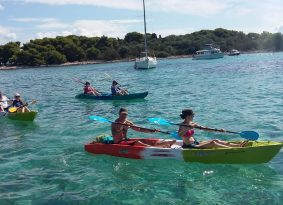 best-kayak-adventure-in-trogir