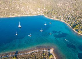 Blue-lagoon-clear-sea